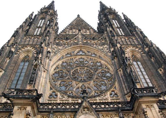 Западная сторона собора Св. Вита