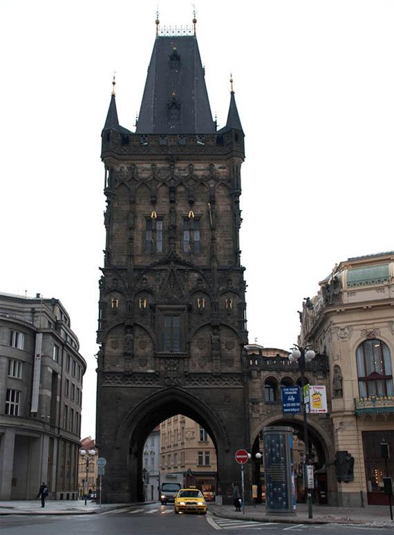 Пороховая башня. Прага