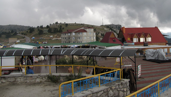 Инфраструктура на вершине Ай-Петри