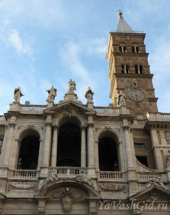 Колокольня базилики